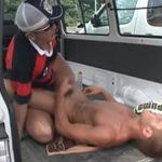 ゲイのラガーマンはトレーニングが終わればカーセックスで性欲処理