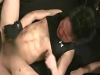 格闘技系のスジ筋がアナル崩壊寸前の輪姦ゲイプレイ