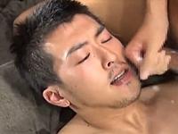 正統派な男前の日本男児が肛門を貫かれて射精する