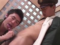 制服姿でゲイセックスする働く男たち