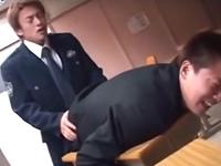 深夜に学校に忍び込むヤンチャな男子生徒にはお仕置き!