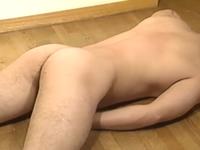 角刈りのゲイ兄貴がやらしい身体と男らしいオナニーを公開