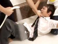 ゲイのイケメン学生に起こった悲劇!出会った男がラブホで超鬼畜なゲイレイパーに豹変